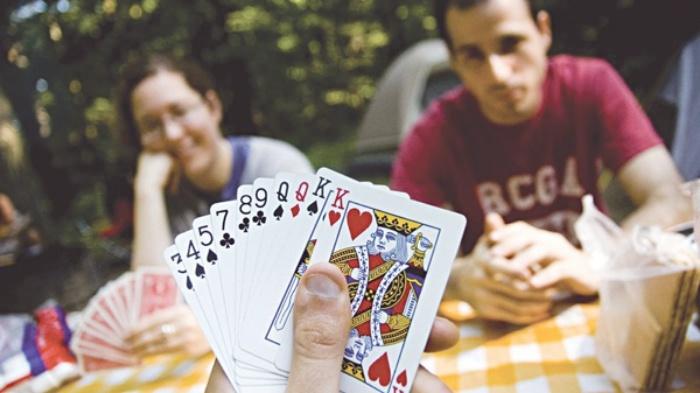 Tệ nạn cờ bạc ảnh hưởng như thế nào đến cuộc sống?