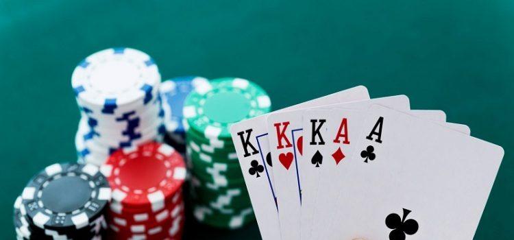 Poker còn có tên gọi khác là Texas Hold'em